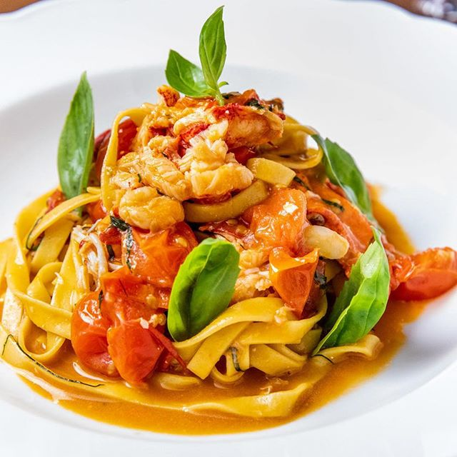 Homemade pasta served with fresh lobster meat, in a flavorful sauce made with slightly sweet Martini Bianco and lobster stock, tossed with fresh pops of cherry tomatoes: our Fettucine All'Astice #ferocenyc