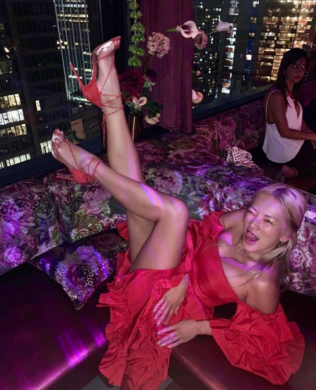 👌🏼 place to kick up your heels 👠💃🏼🌺 @tinaleung 📷 #regram #holidayweekend
